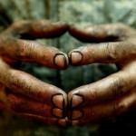 Когда в человека кидаешь грязью, помни, что до него она может не долететь, а на твоих руках останетс…