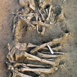Трогательное фото про вечную любовь Эту пару скелетов, нежно обнимающих друг друга уже более пяти ты…