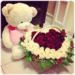 Любимой девушке дарят цветы, а не слёзы….