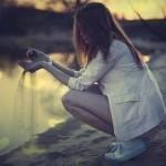 Не могу понять, зачем люди, бросив тебя, снова лезут в твою жизнь…….