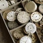 Порой часы обманывают нас,