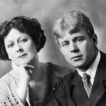Сегодня 119 лет со дня рождения прекрасного поэта, выпивохи и бабника — Сергея Александровича Есенина.
