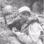 Стихотворение найдено в шинели солдата Александра Зацепы, погибшего в Великую Отечественную Войну в 1944 году